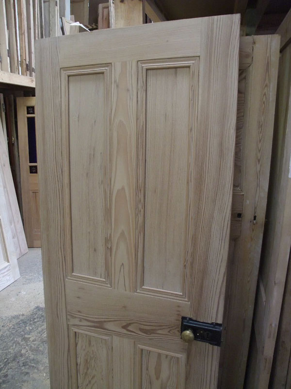 Solid 4 Panel Interior Pitch Pine Door Stained Glass